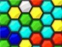 Hatszög alakzatban tudod elforgatni a színeket. A lényeg, hogy négy azonos kapcsolódjon össze.