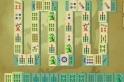 Klasszikus mahjong, a játék szerelmeseinek, ráadásul rengeteg pályával. Utoljára némi maffiás körítéssel kínáltunk mahjongot, most inkább visszatérnénk a hagyományos kockákhoz.