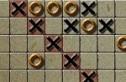"""A többnyire kockás papíron ceruzával űzött, """"lerakosgatós"""" játék online változata 13x13-as táblán."""