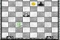 Ez bizony nem az a hagyományos sakk játék! Már az elején gyanús lesz, hogy bizony nincsenek a bábuk felállítva az online játék felületén...