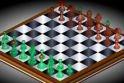 Remek sakk játék vár rád, a tábla az online játék felületén 3D nézetben mutatja a figurákat.