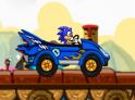Sonic most autóval száguld végig a pályákon. Segíts neki minél több karikát felszedni.