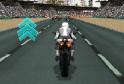Nyerd meg a hatalmas motoros bajnokságot. Hagyd le a többieket. Használd a nitrót is!